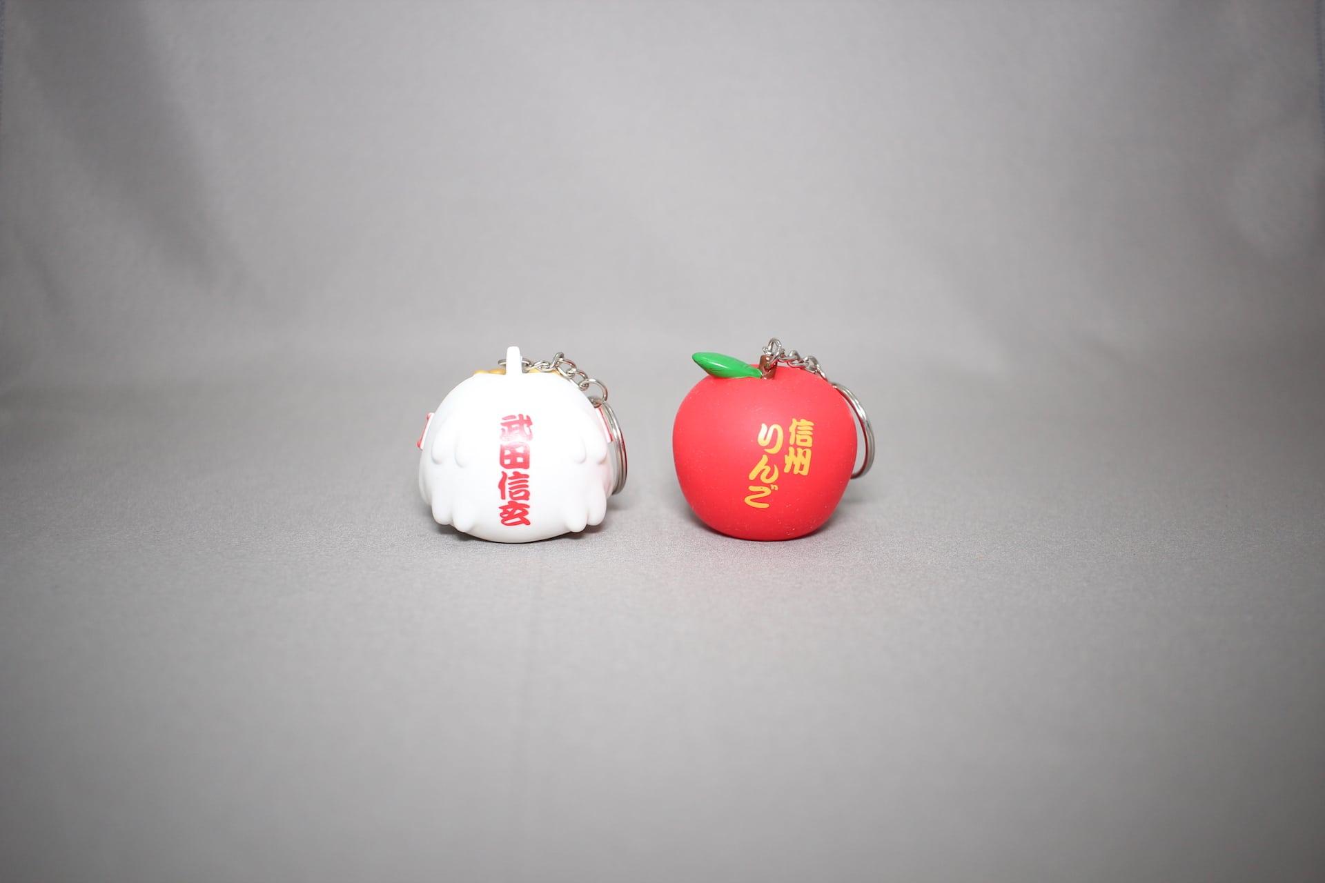 飛び出しマスコットのりんごと武田信玄