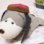 犬のぬいぐるみ用のベレー帽を編んでみた。